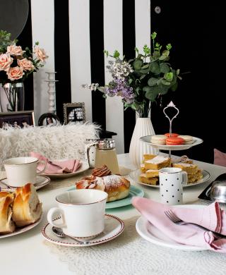 mesa posta de primavera